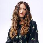 Alanis Morissette: Conheça a razão do seu sucesso